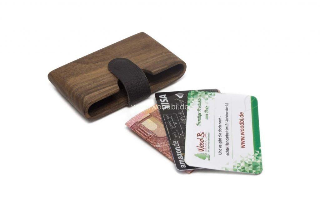 Case aus Holz Nussbaum für Kreditkarten und Visitenkarten