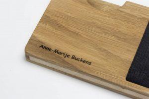 Lasergravur auf dem Holz