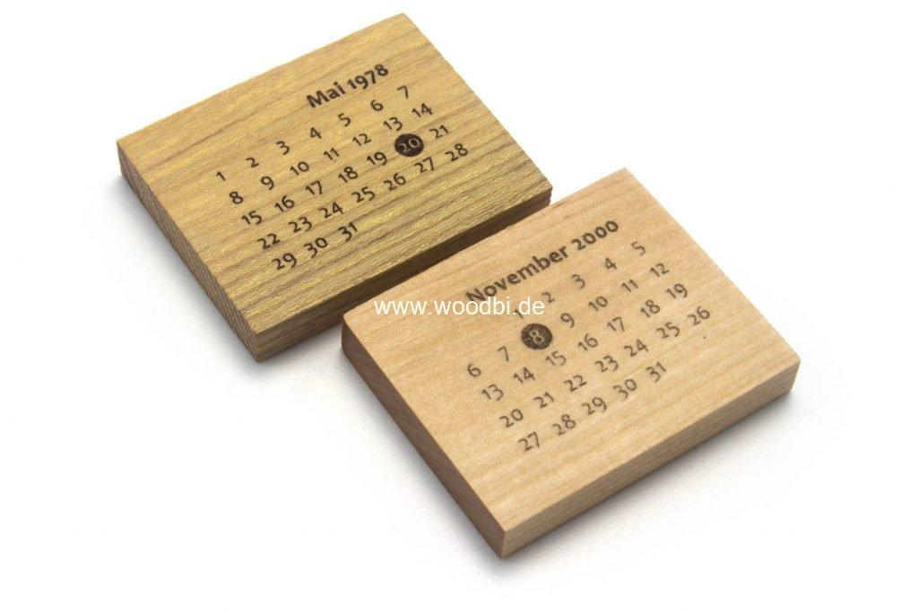 Schlüsselanhänger aus Holz aus Birke oder Akazie