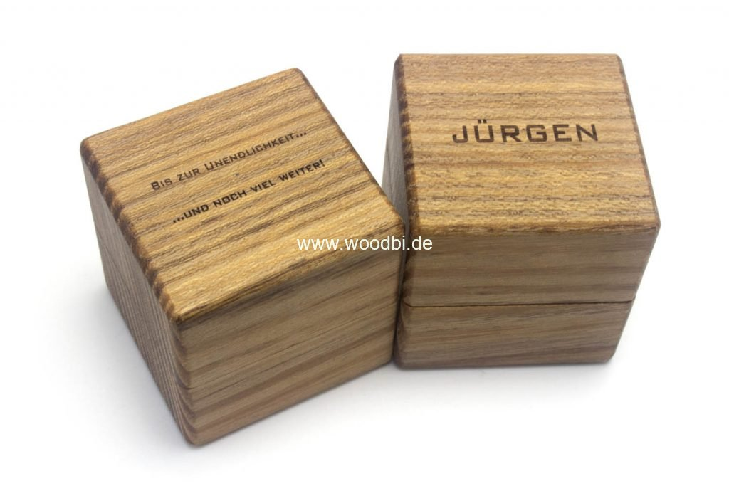 Ring Box mit einer individuellen Gravur inklusive