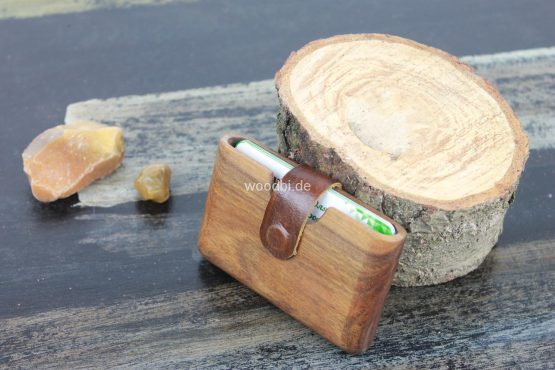 "Holz Portemonnaie ""CARPO"" aus Holz - Nußbaum"