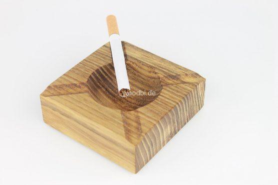 """Aschenbecher """"HERMIPPE"""" aus Holz Akazie"""