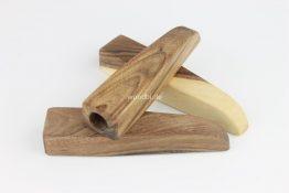 """Stifthalter """"THELXIONE"""" aus Holz - Nußbaum"""
