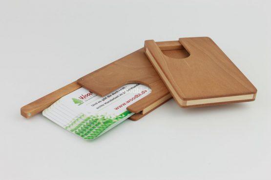 "Visitenkartenetui ""ORTHOSIE"" aus Holz - Birne"